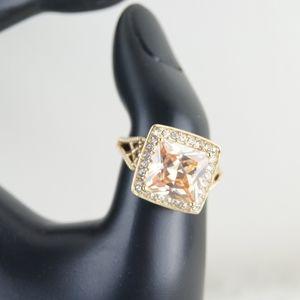 Avon | Gold Ring | Size 8 & 9